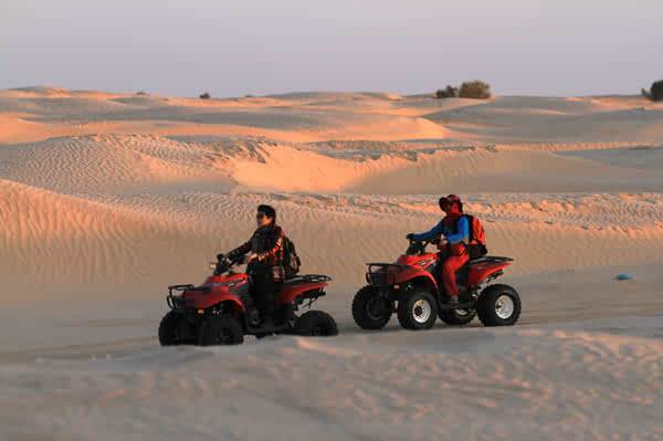 Desert motorcycle, which can be driven alone, very challenging
